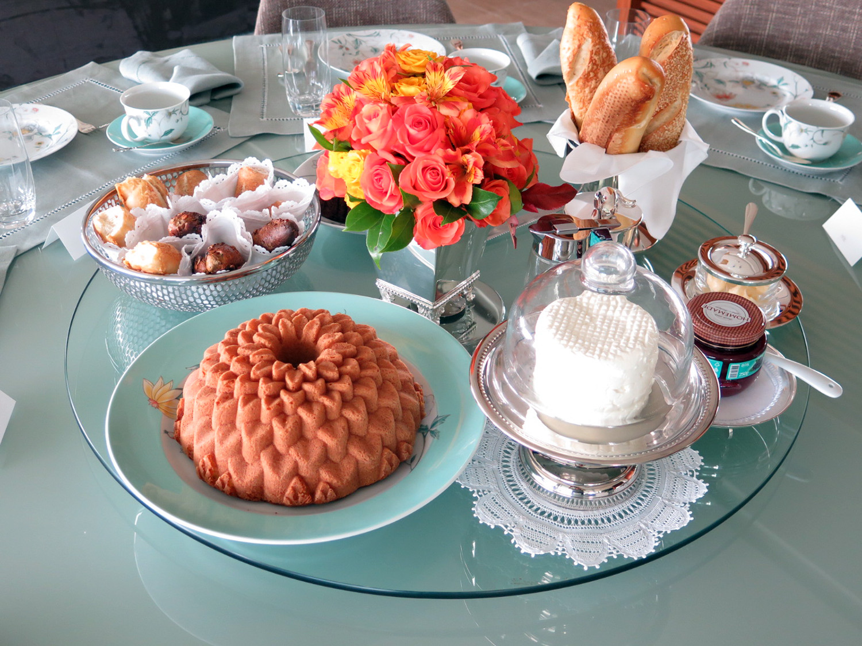 Como preparar a mesa de caf da manh chez marina for Mesas para cafeteria